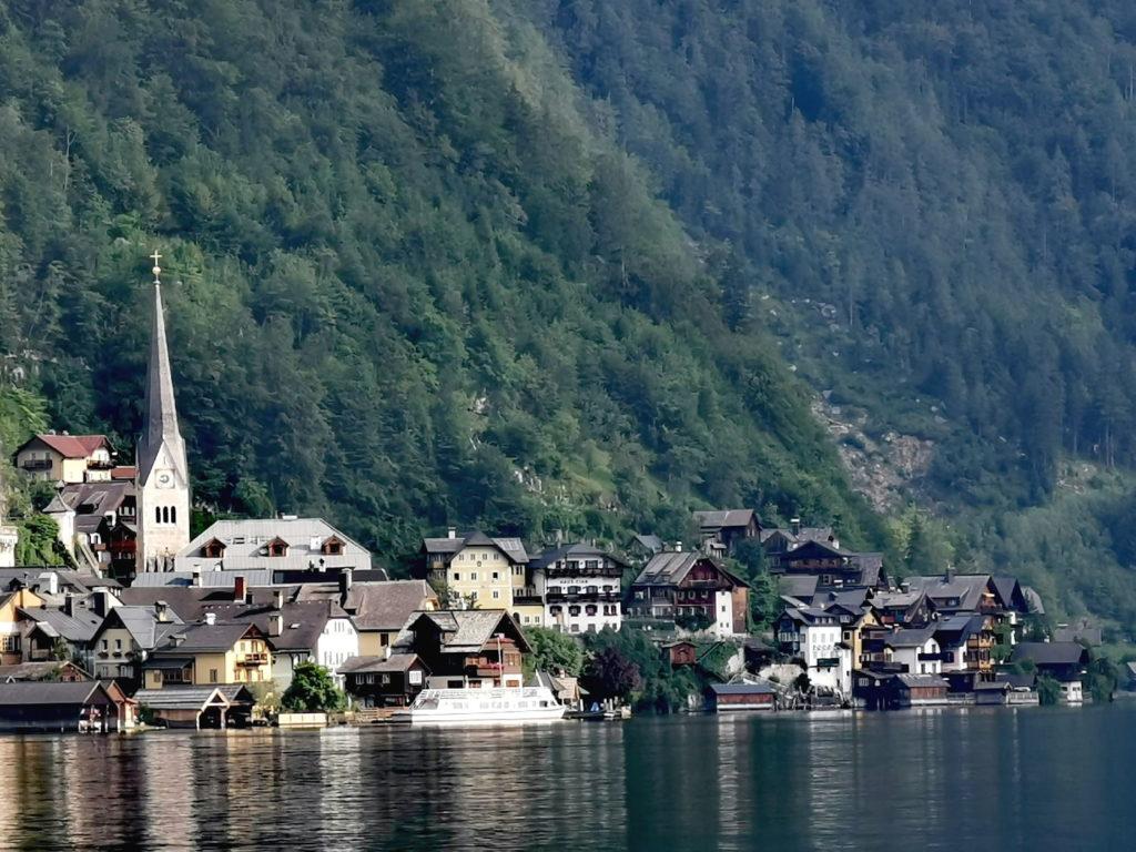 Am Hallstätter See Österreich - mit dem Fahrrad rund um den See