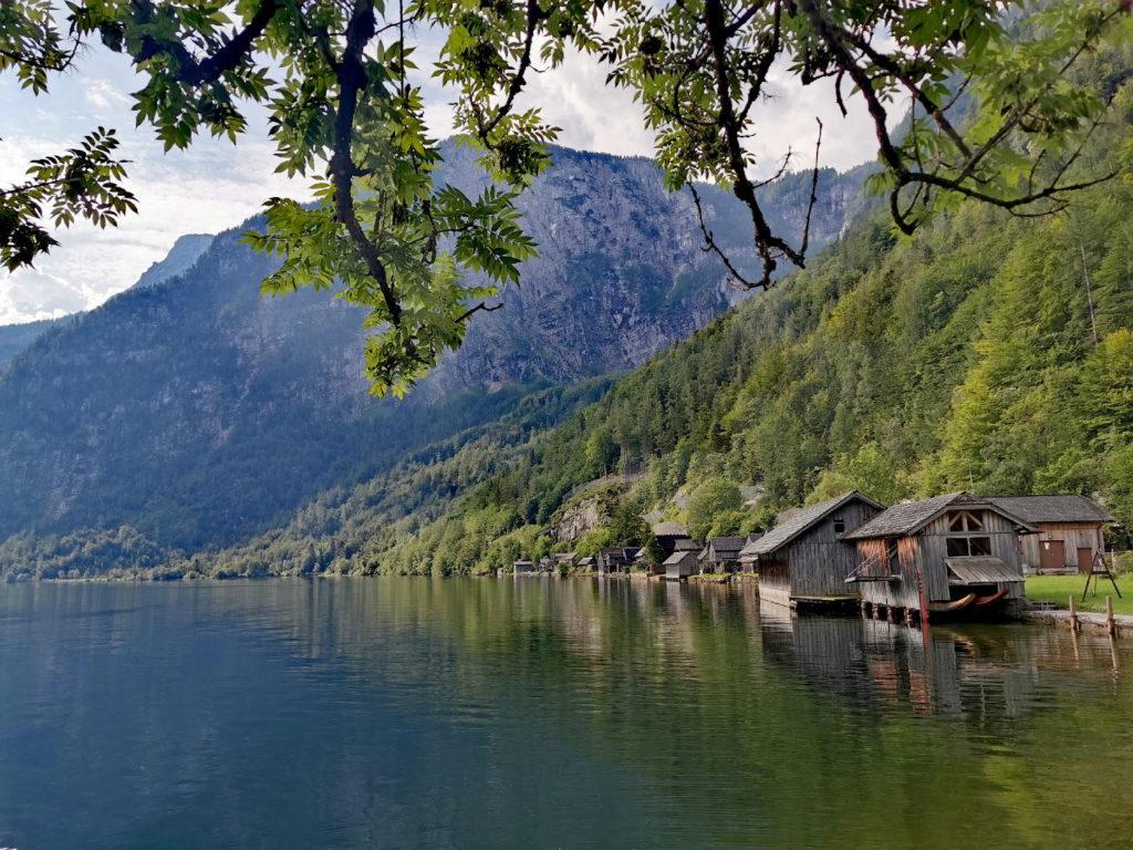 Einer der idyllischen Plätze am Hallstätter See