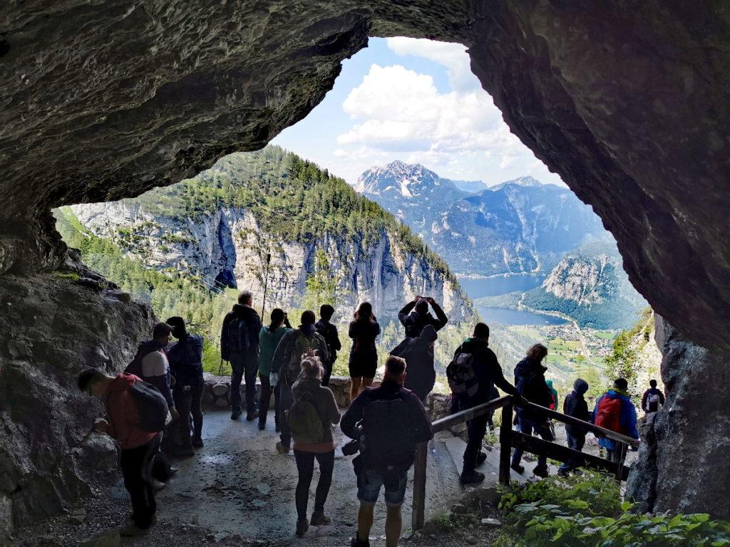 Traumblick - sobald du aus der Dachstein Rieseneishöhle herauskommst