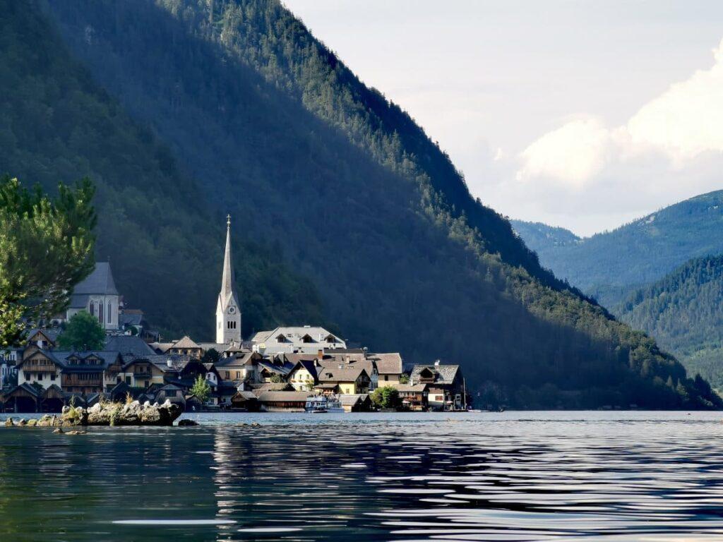 Hallstatt Österreich - vom Wasser aus gesehen